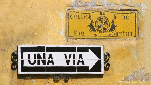 Una via - how to say one way in Spanish